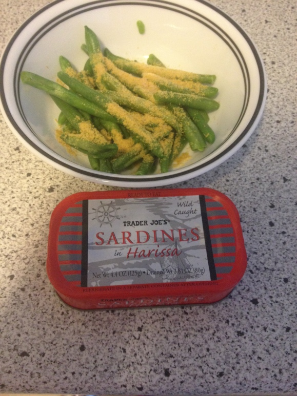 Sardines With Harissa and Green Beans With Nutritional Yeast
